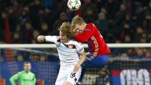 Leverkusen verspielt Führung