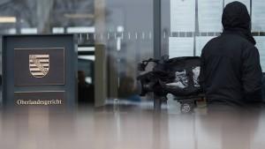 Hooligans darf Auslandsreise verboten werden