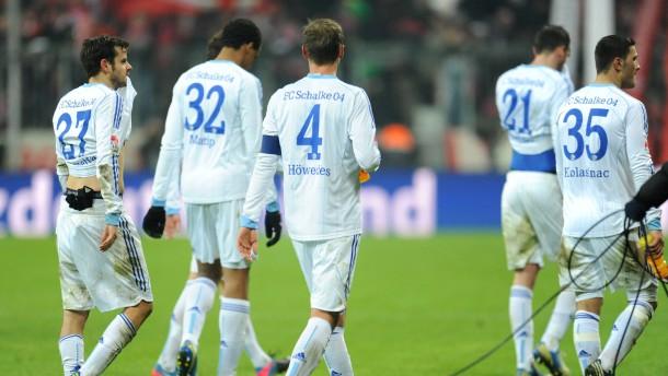 Schalker Leisetreter: Königsblau schleicht in München vom Platz