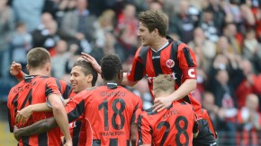 Die Eintracht hat nun 65 Punkte und kann so langsam mit dem Aufstieg planen