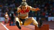 Streck dich! Auch Carolin Schäfer und die Leichtathleten werden künftig mehr an Medaillen gemessen