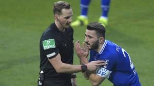 Schalke mit Glück im Unglück