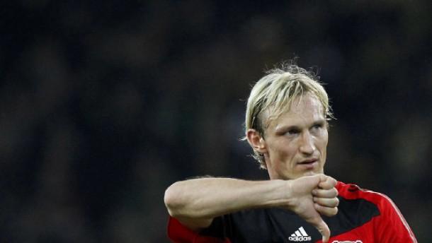 Bayer nutzt den Bayern-Patzer nicht aus