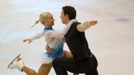Savchenko und Massot gewinnen Tallin-Trophy