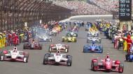33 Rennwagen und bis zu 400.000 Zuschauer: Die Indy 500 sind eines der größten Rennen.