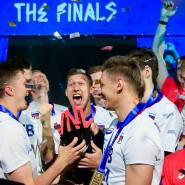 Sieger der Nationenliga: Nach einer Tournee rund um die Welt setzen sich Russlands Volleyballer durch
