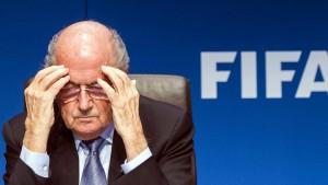 FBI untersucht Blatters Rolle im Bestechungsskandal