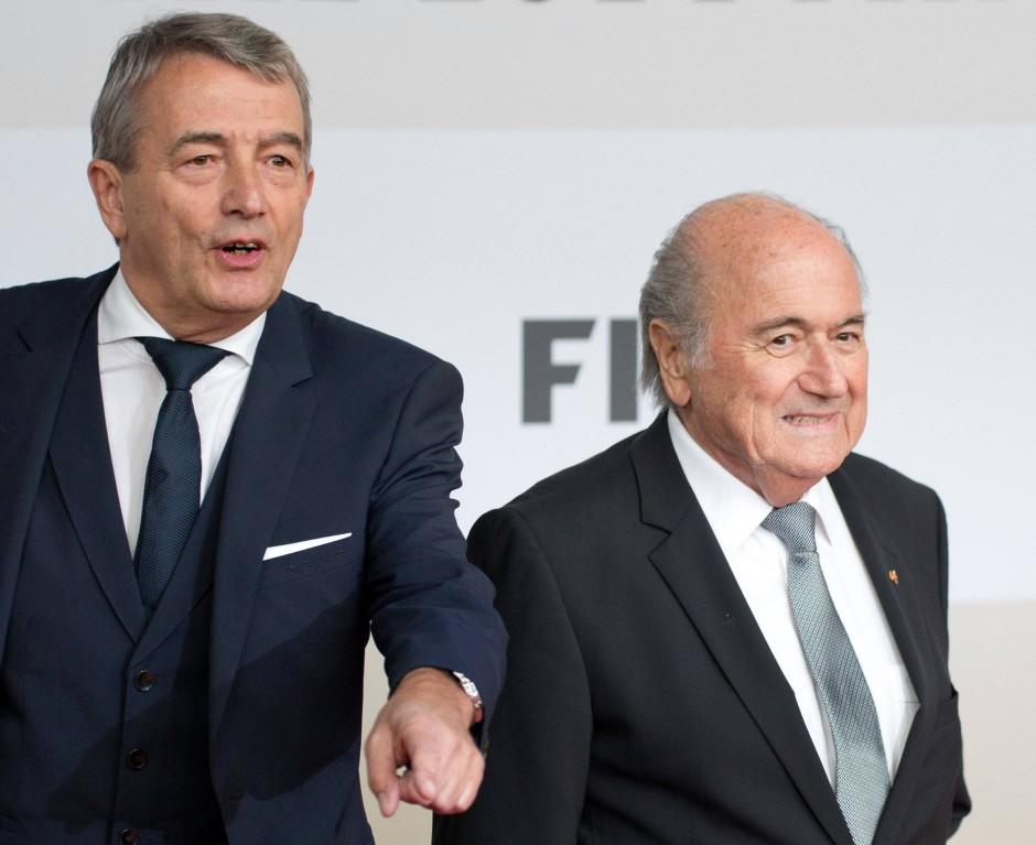"""DFB-Präsident Wolfgang Niersbach: """"Es ist schockierend und schädlich für den gesamten Fußball."""""""