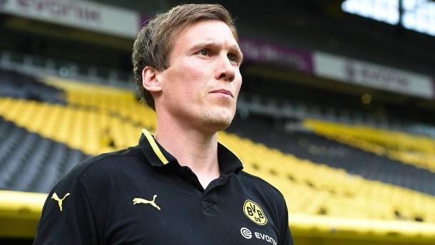 Stuttgart sichert sich Punkte - und einen neuen Trainer