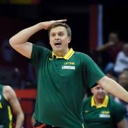 """Litauens Trainer Dainius Adomaitis kann es nicht fassen: """"Stopp das Spiel, schau es dir nochmal an."""""""