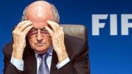 Einspruch von Platini – Niersbach: Absoluter Super-Gau