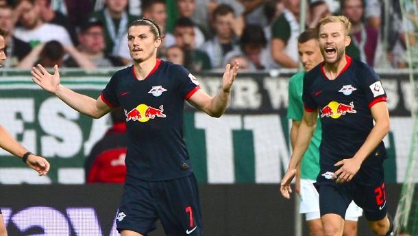 Leipzig bleibt Tabellenführer
