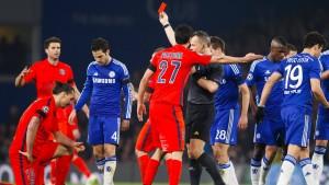 Ibrahimovic Rot, Chelsea raus