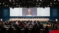 """Großer Kopf über allen: IOC-Präsident Thomas Bach hat seine """"Agenda 2020"""" schnell unter seine Leute gebracht."""