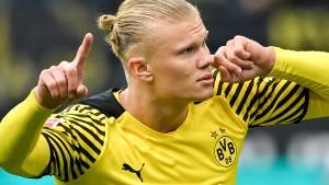 Dortmund schiebt sich vor Bayern und Bayer