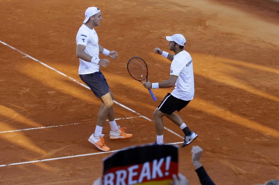 Sieg im Doppel: Jan-Lennard Struff und Tim Pütz haben Grund zum Jubeln