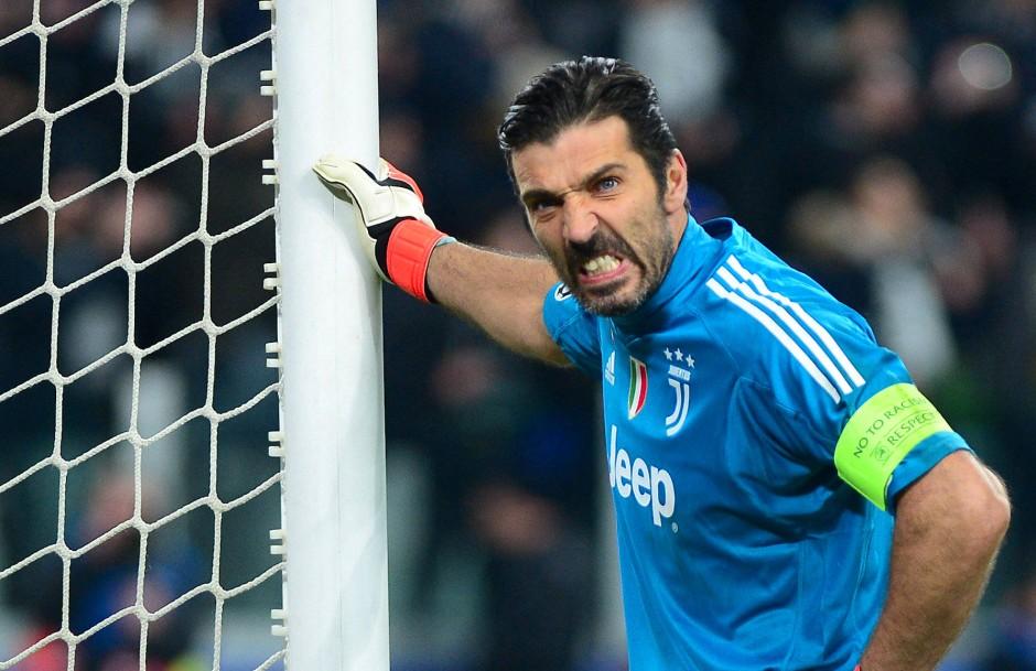 Der Frust der Legende: Buffon grämt sich seiner Leistung