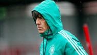Auf der Suche: Bundestrainer Joachim Löw muss sein Team für die Zukunft wappnen.
