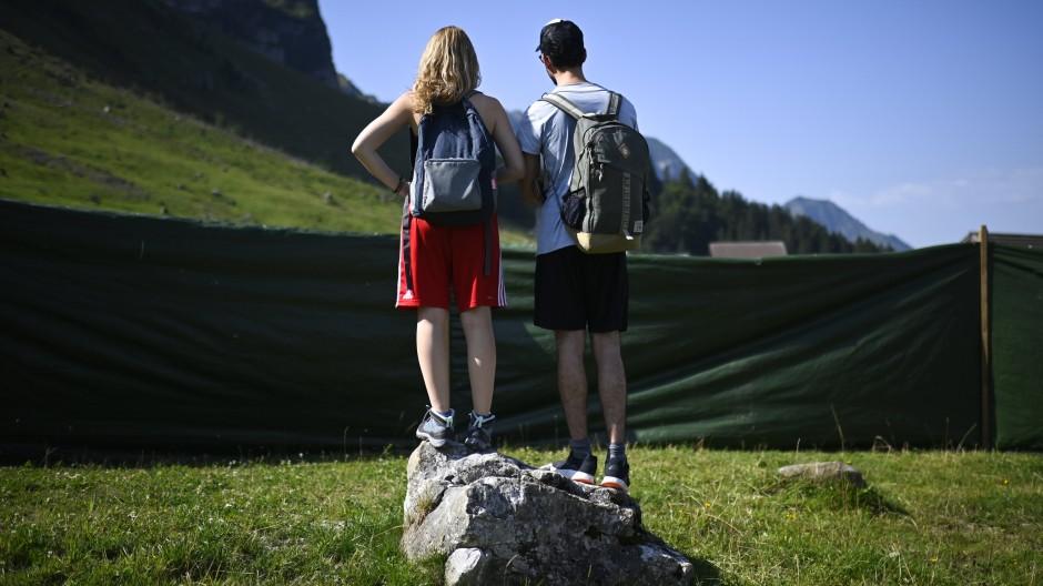 Schöne Schweiz: Zuschauer beim traditionellen Schwingfest auf der Schwägalp in Urnäsch