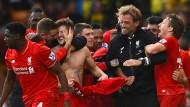 Die helle Liverpooler Freude: Im Jubel geht Klopps Brille kaputt.