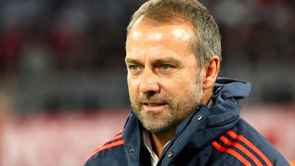 Hansi Flick erhält trotz des 1:2 gegen Leverkusen als Bayern-Trainer einiges Lob.