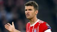 Thomas Müller und den Bayern droht das Aus in der Champions League.