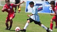 """""""Im Profitum ist Zeit Gold"""": Rüdiger Barney über Fußball-Nachwuchs an Schulen. Im Bild zu sehen sind Spieler beim Danone Nations Cup."""