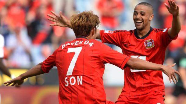 Sam und Son erfreuen Leverkusen