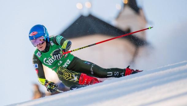 Shiffrin überholt Moser-Pröll