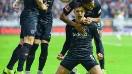 Die Eintracht verdrängt Bayern München auf Rang fünf