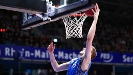 Ein Basketball-Profi als Corona-Buchhalter