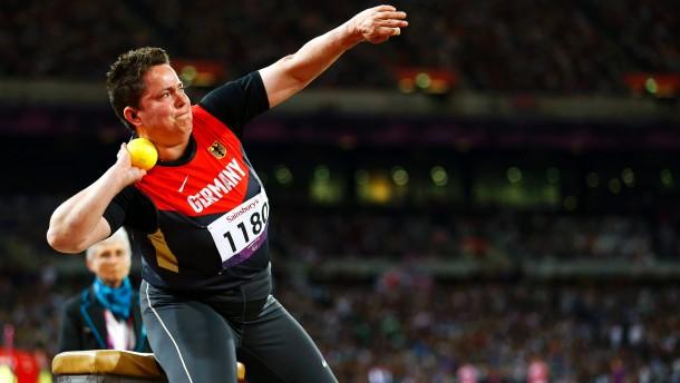 Besser geht's nicht: Bei ihren ersten Paralympics gewann Birgit Kober zwei Goldmedaillen