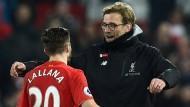 Es geht doch: Jürgen Klopp (rechts) und Adam Lallana freuen sich über Liverpools Sieg.