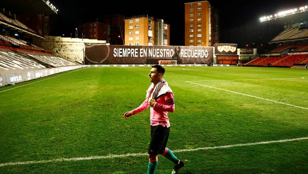 Messi rettet Barca gegen Zweitligaklub