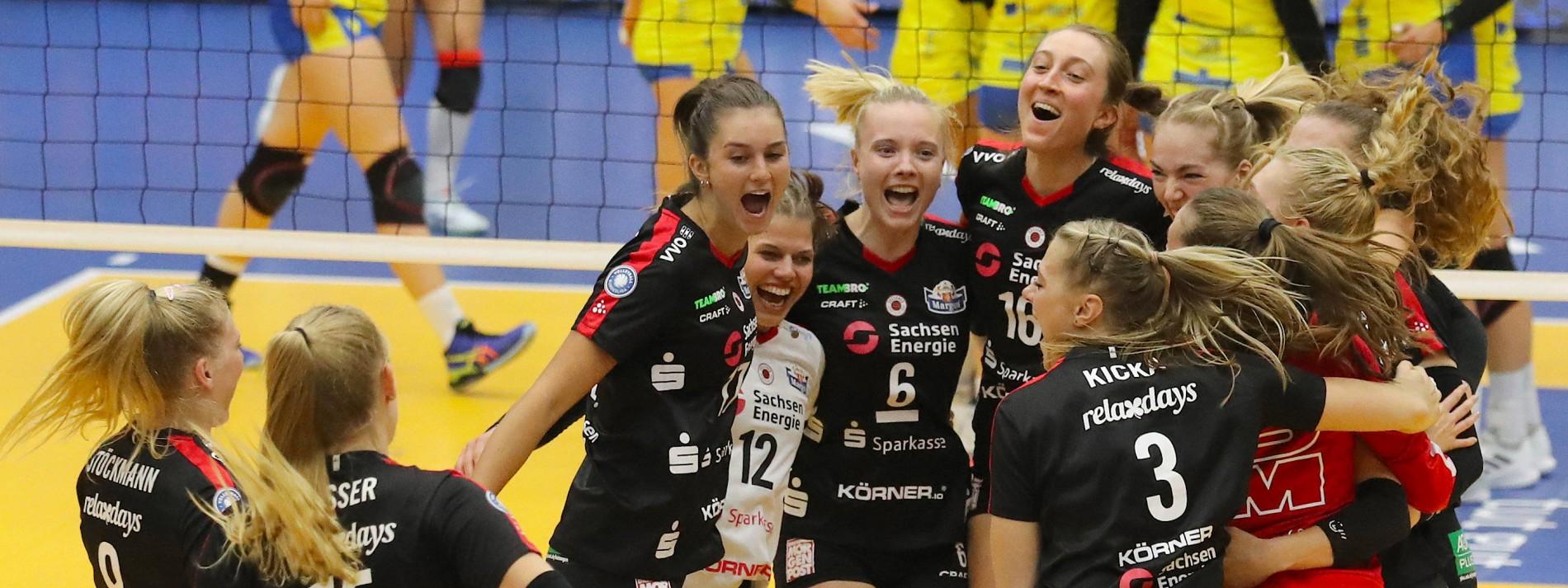 Dresden und Berlin gewinnen erste Titel