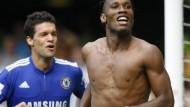 Mitarbeiter des Tages: Didier Drogba (r.) schoss Chelsea zum Sieg, Michael Ballack folgt fröhlich