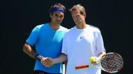 Ziemlich beste Partner: Von Januar 2014 bis Dezember 2015 war Stefan Edberg (rechts) Trainer von Roger Federer