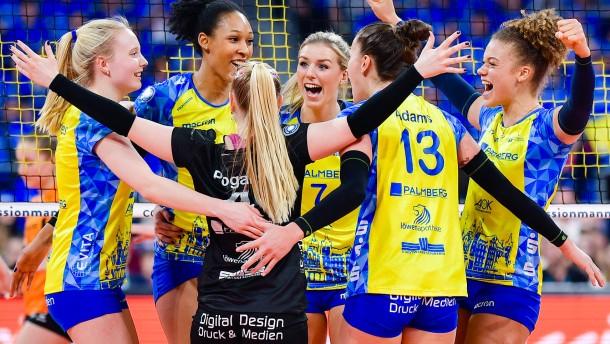 Schwerin gewinnt zweites Finalspiel