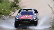 Nicht aufzuhalten: Stephane Peterhansel im Peugeot
