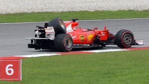 Vettel im Glück nach kuriosem Unfall