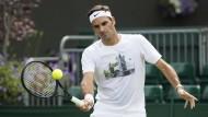 Roger Federer beim Training vor dem Turnier in Wimbledon.