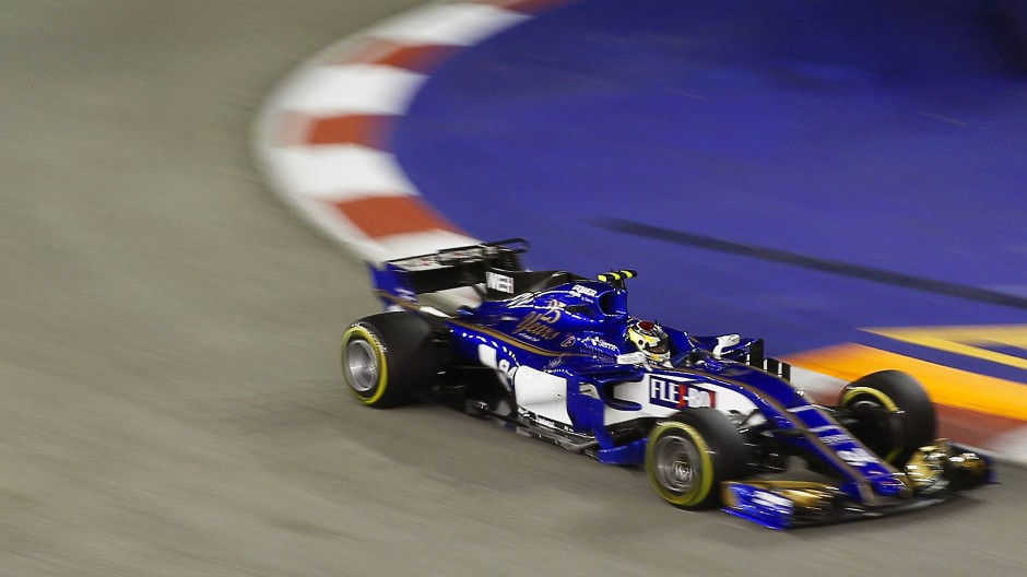 Kurzer Abend: Pascal Wehrlein ist schon im ersten Abschnitt der Qualifikation für das Nachtrennen der Formel 1 in Singapur ausgeschieden.