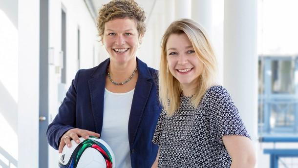 Endspiele der WM und EM werden von Frauen kommentiert