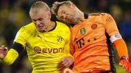 Dortmund und der FC Bayern (hier Erling Haaland, links, und Manuel Neuer) im Endspiel um den Supercup