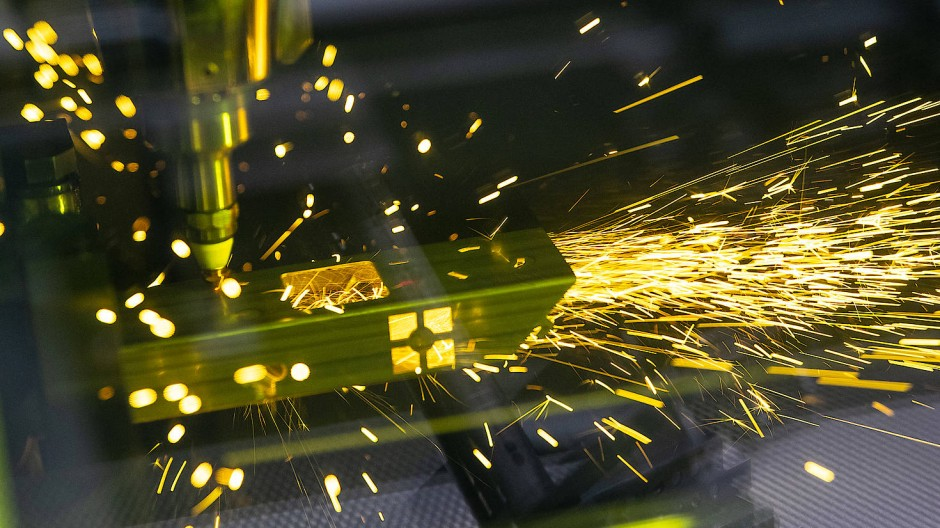 Der Maschinenbauer Trumpf schneidet Bleche mittels Laser