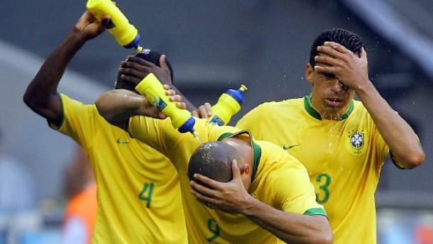 Europa gönnt sich keine Fußball-Pause