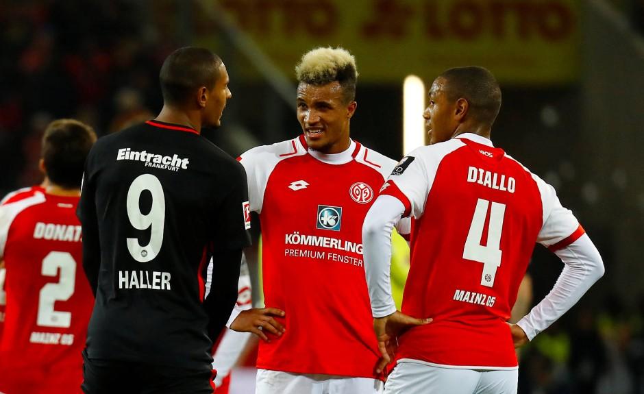 """Die Franzosen Gbamin (Mitte) und Diallo (rechts) sind begehrt: """"Erstmal sind die Jungs ja noch nicht weg"""""""