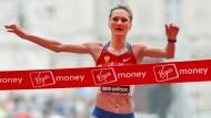 Marathonläuferin Lilija Schobuchowa redet über Doping in Russland