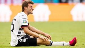 Müller auf der Bank – Löw setzt auf Sané