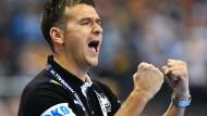"""""""Dirk Nowitzki hat es als Ausnahmesportler verstanden, mit enormer Disziplin und Begeisterung für den Sport, sich auf so konstant hohem Level zu halten"""": Handball-Bundestrainer Christian Prokop"""